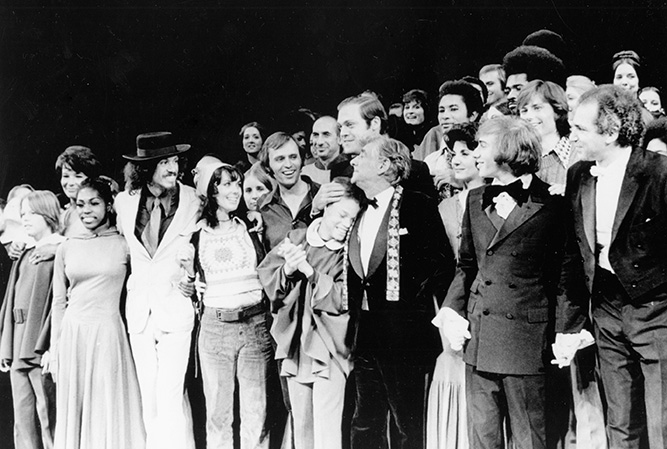 Leonard Bernstein, Stephen Schwartz, producers, performers, and musicians from opening production of Mass, 1971. Photo Credit: Photofest NYC © 1971